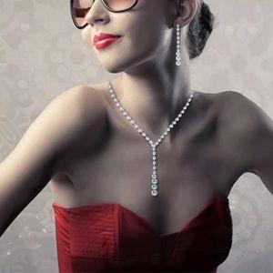 ❤️gorgeous simple elegant simulated diamond set